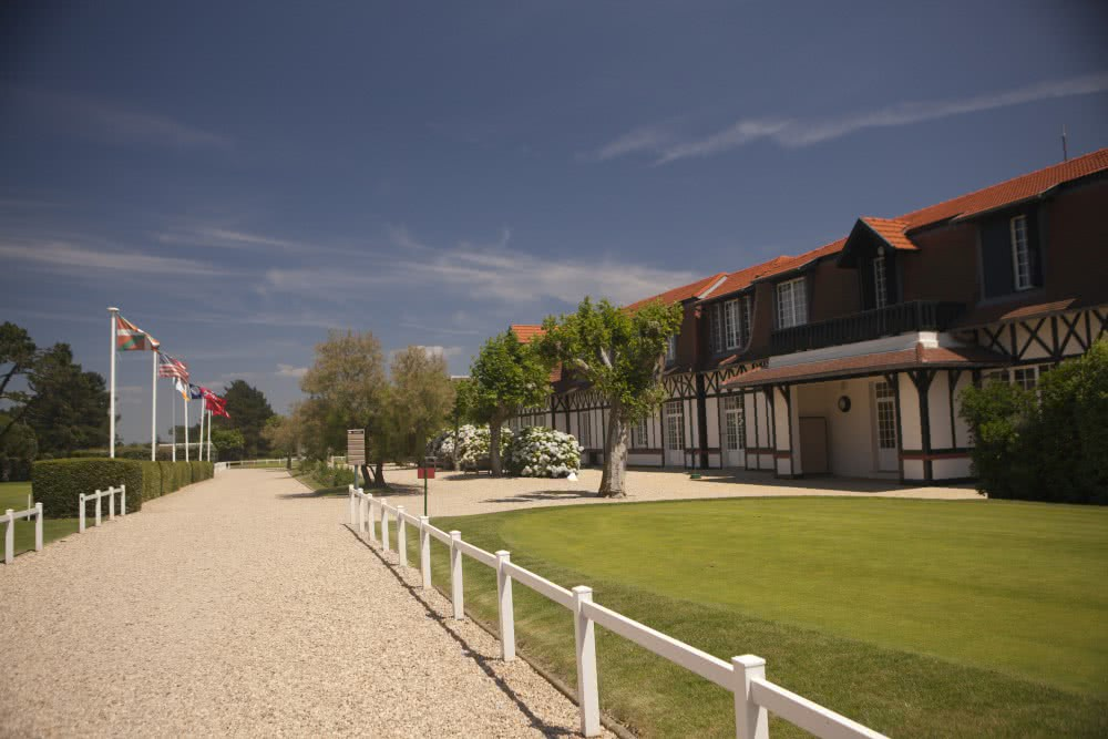 """biarritz-le-phare-clubhouse.jpg"""