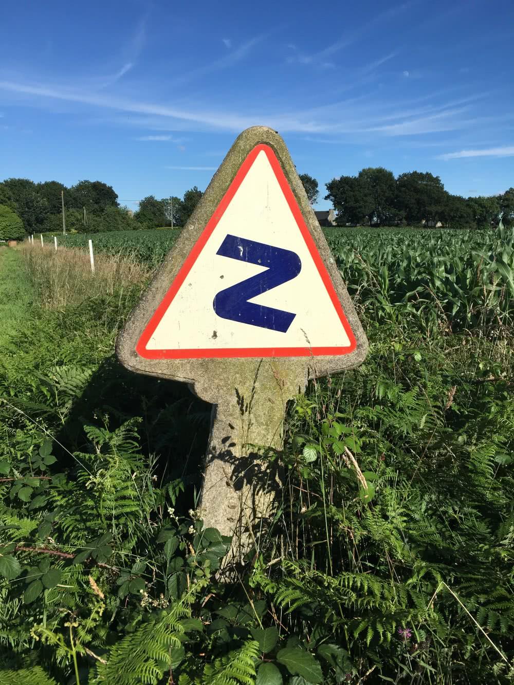 zig-zag-dogleg-panneaux