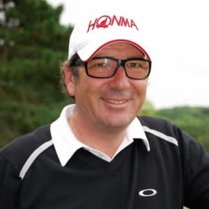 Portrait de Stéphane Bachoz, Head Pro de Flow Motion Golf