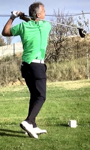 Le finish au swing de golf