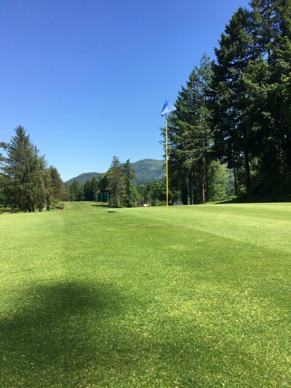 Lourdes Pyrénées Golf Club, le green du 17